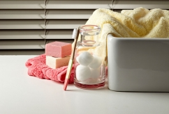 How to clean your window blinds