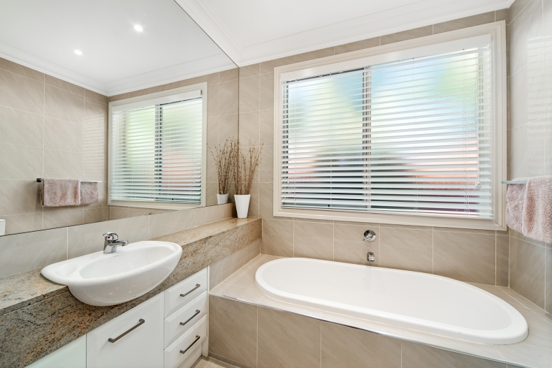What is the difference between inside or outside mounted blinds